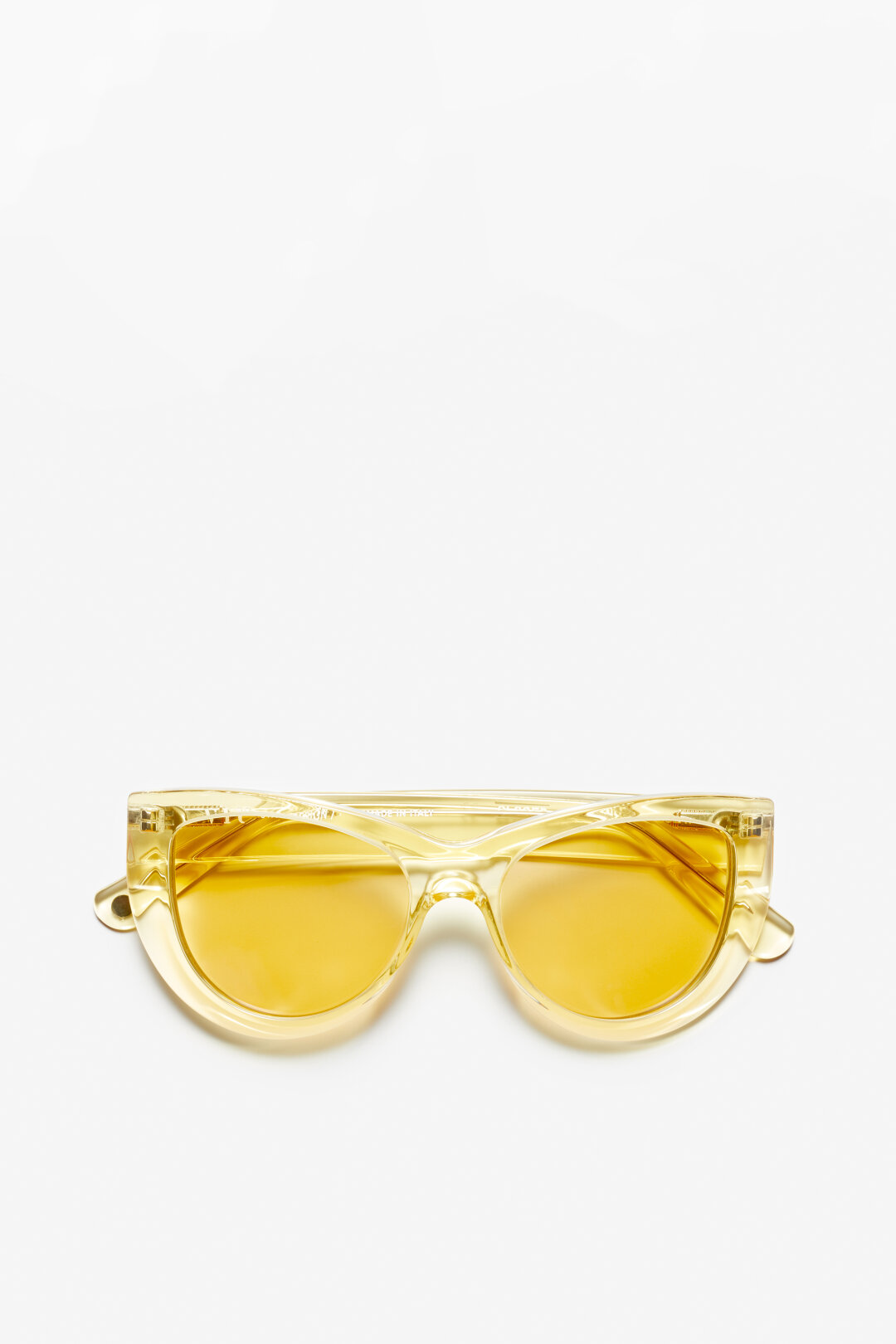 Closed x VIU Lunettes de soleil THE OPTIMISTE