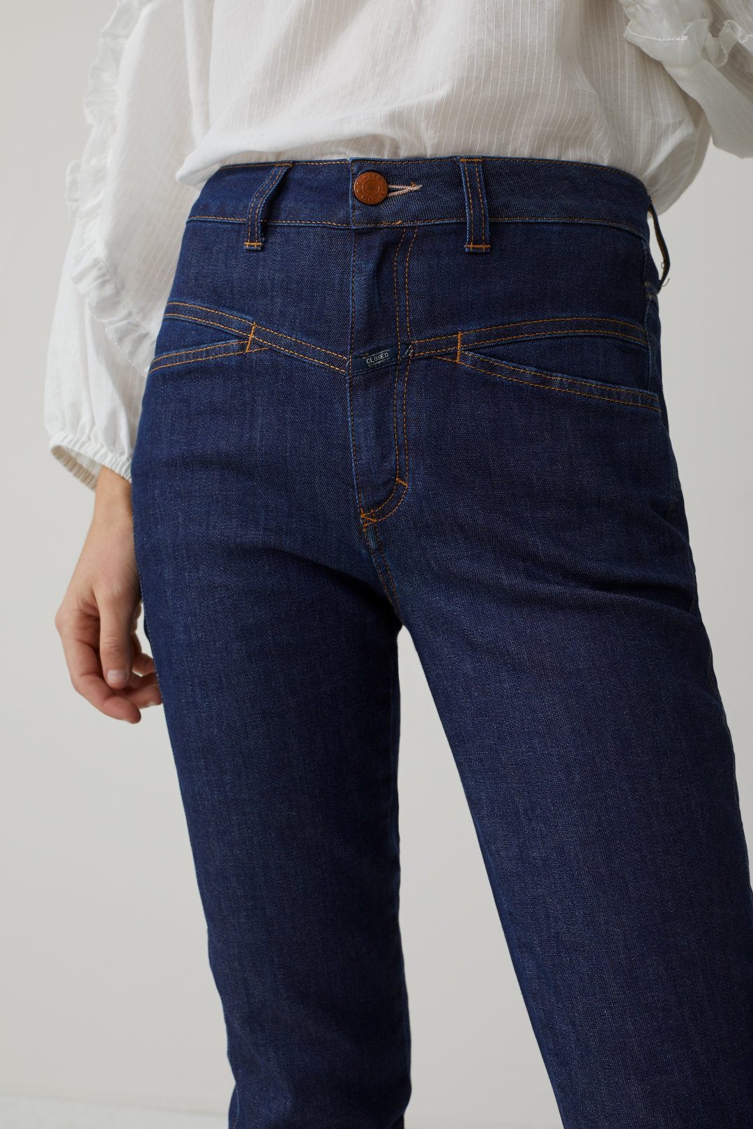 Pedal Pusher Blue Super Stretch Denim