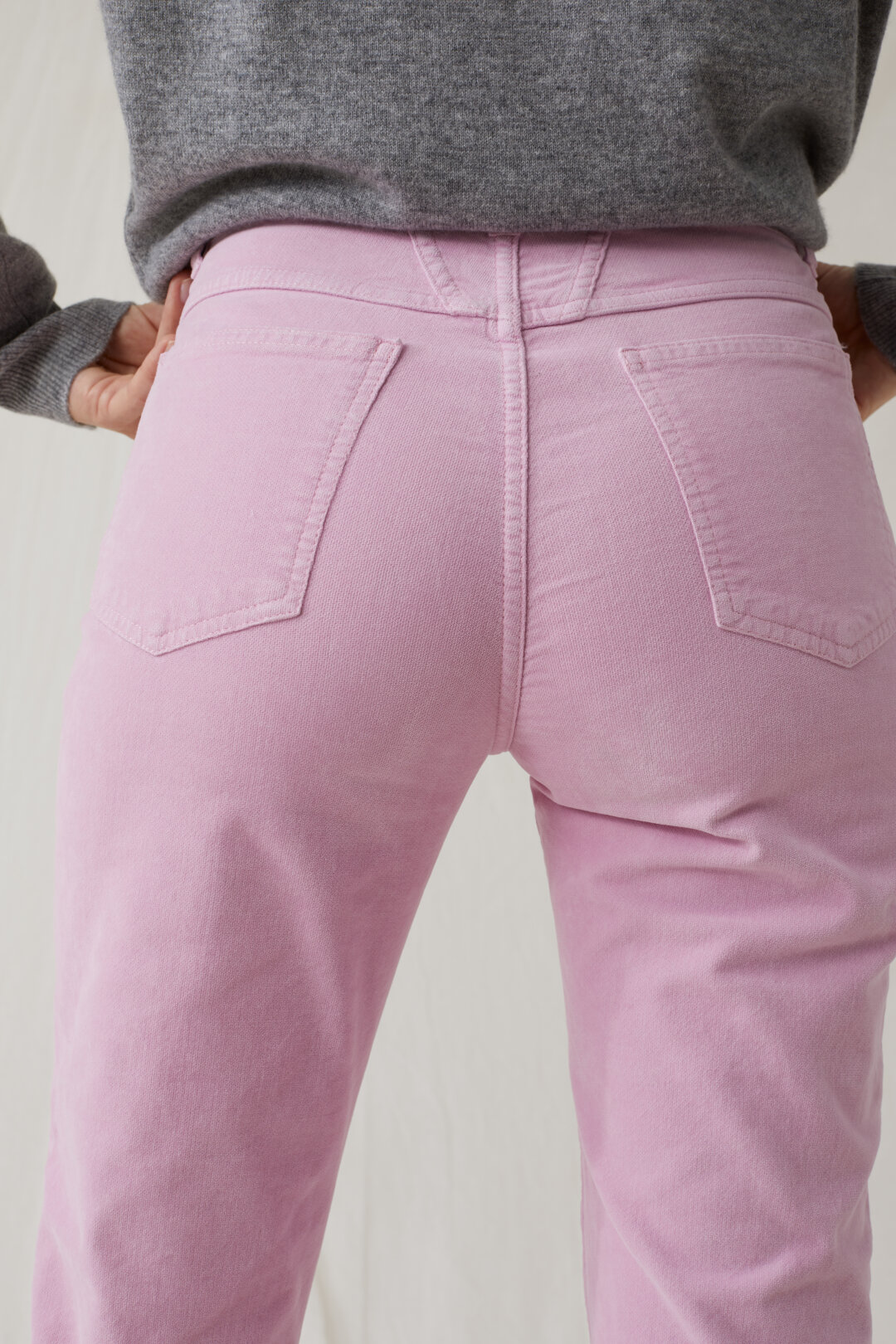 Pedal Pusher Velvet Pants
