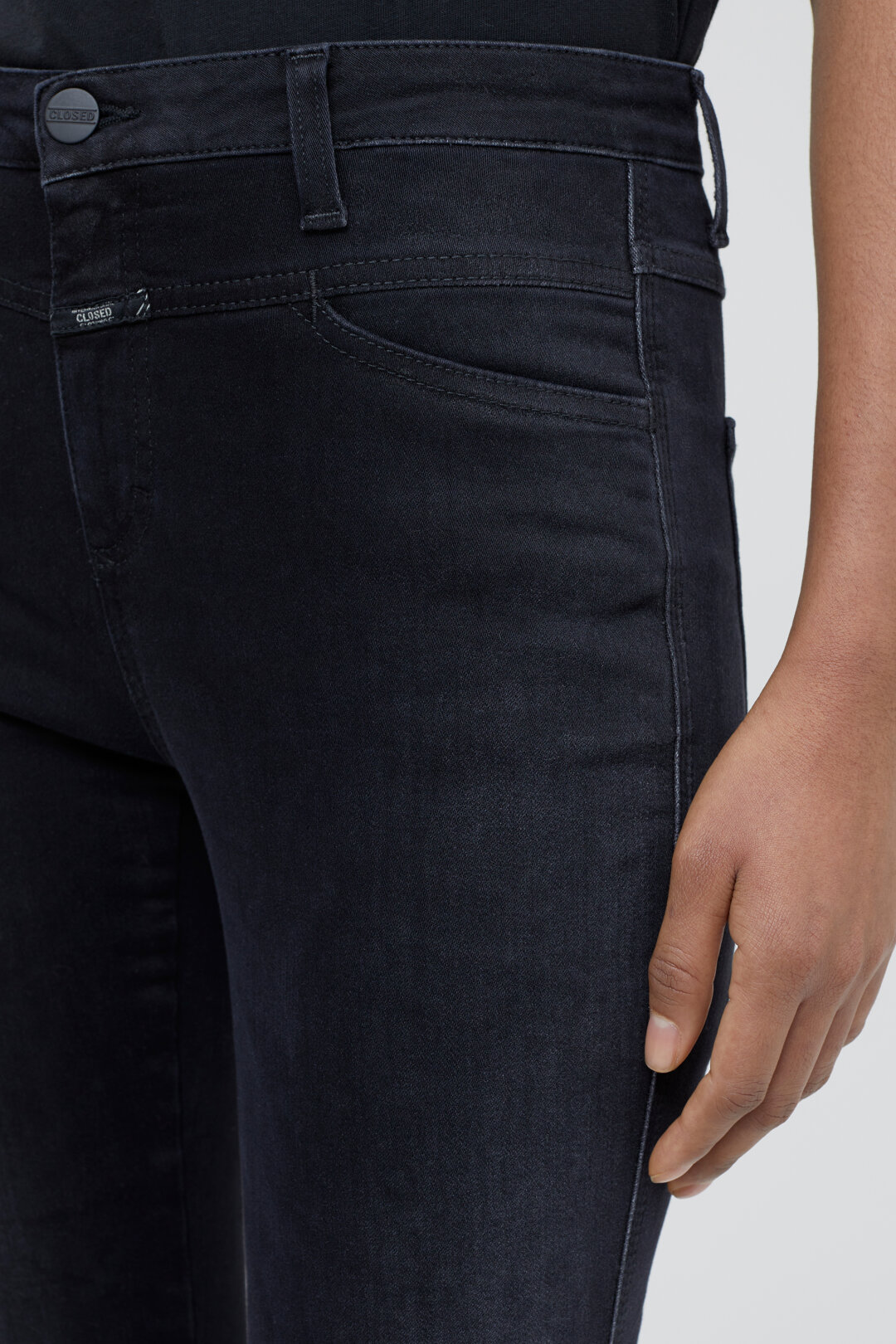 Skinny Pusher Power Stretch Black Denim